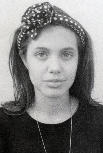 Angelina Jolie'nin sırlarla dolu hayatı