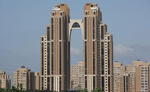 İstanbul ve Ankara'nın en çirkin yapıları