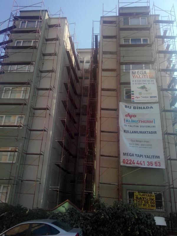 Bakan Çelik aradı, inşaat mühürlendi