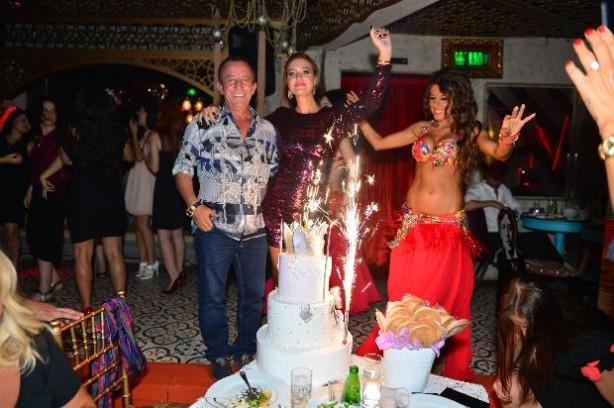 Ali Ağaoğlu eski aşkının doğum gününde