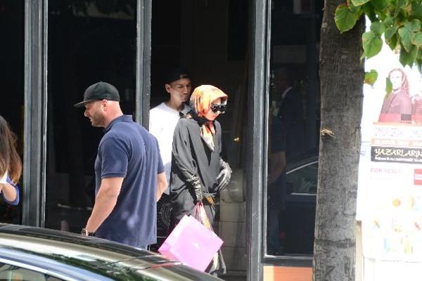 Lady Gaga alışverişte