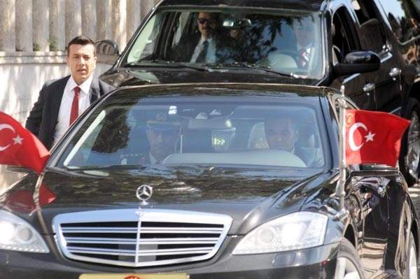 Cumhurbaşkanı Erdoğan cuma namazı için Çengelköy'de