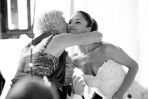 Düğün fotoğraflarına itinayla salça olanlar