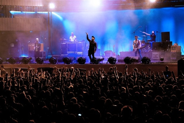 'İzmir kimseyi umursama'