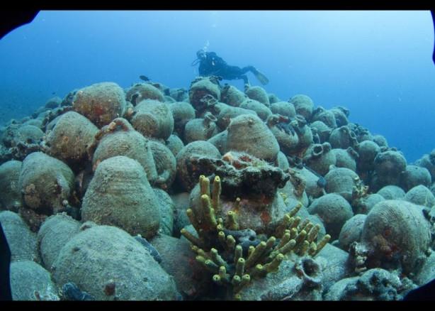 Deniz dibinde bin yıllık hazine