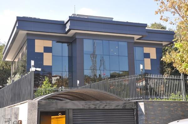 Polat'ın milyon dolarlık binası