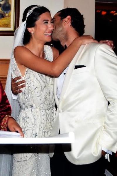 Gözde Atasoy evlendi