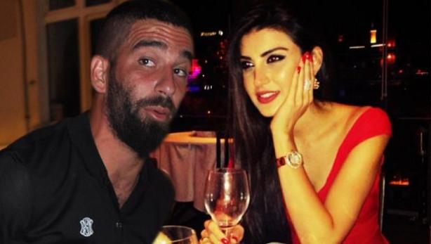 Arda Turan ve İdil Fırat aşk mı yaşıyor ?