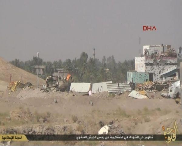 IŞİD 251 askeri böyle öldürdü!