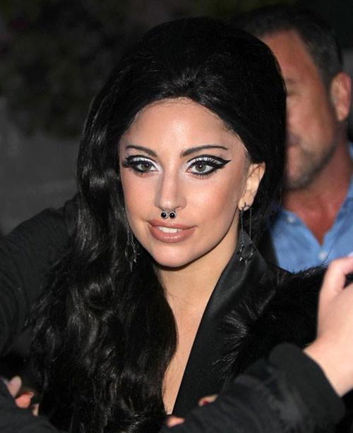 Lady Gaga evleniyor mu?