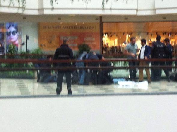 Mall Of İstanbul'da protestoya polisten çok sert müdahale