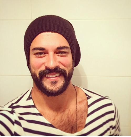 Burak Özçivit sakal bıraktı