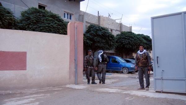 DHA ekibi Kobani'ye girdi!