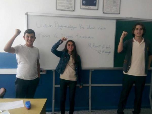Liseliler Nutuk'un 87'nci yılını kutladı