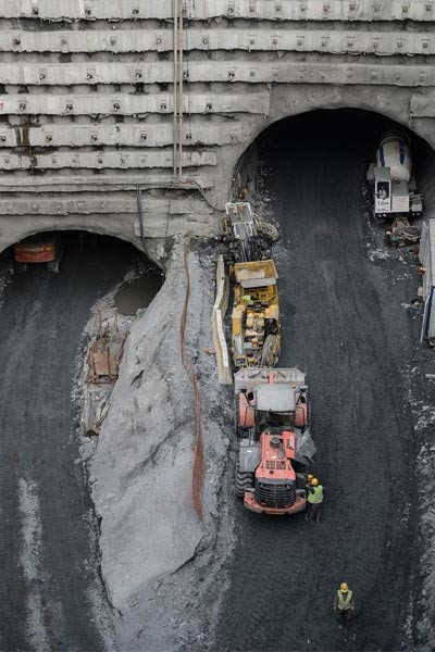 Avrasya Tüneli'nde son 2 bin 600 metre