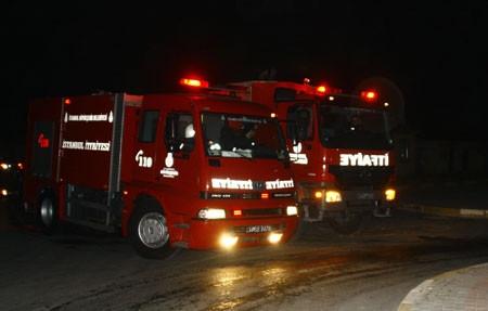 Halkalı gümrük sahasında yangın