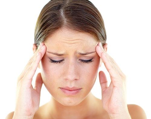 18 adımda migrenin belirtileri ve özellikleri
