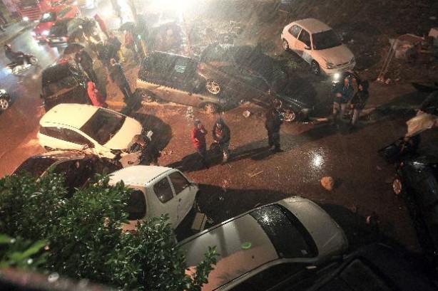 Şiddetli yağmur Yunanistan'da hayatı felç etti