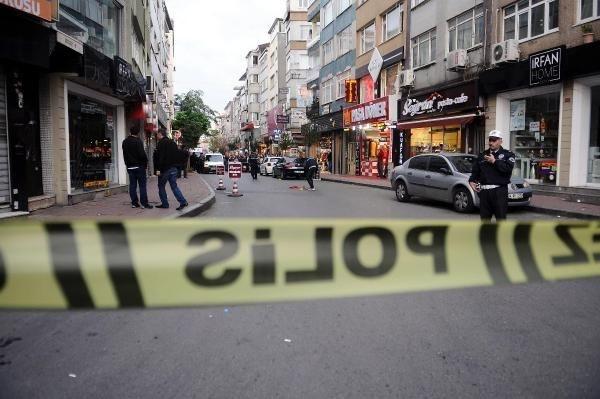 İstanbul'da polise satırlı saldırı