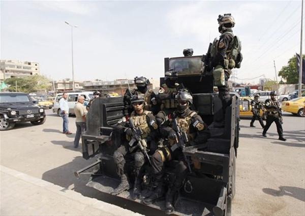 Irak'ta anti-terörist timleri sokağa indi!