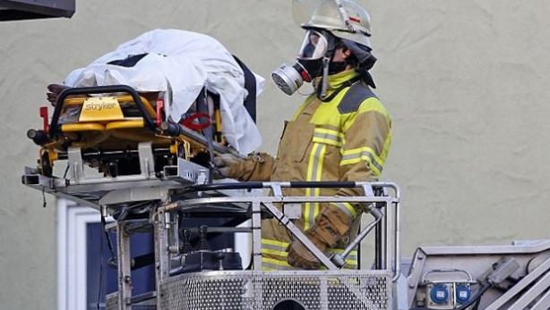 Beş yıldır yıkanmayan adamı gaz maskeleriyle kurtardılar