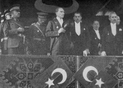 Atatürk'ün en sevdiği şarkılar