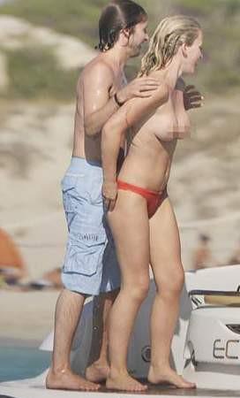 James Blunt ve sevgilisi fena yakalandı