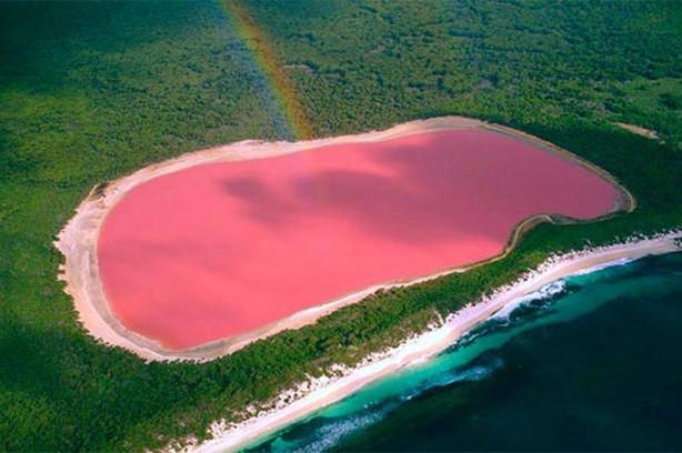 Kırmızı göl olur mu demeyin!