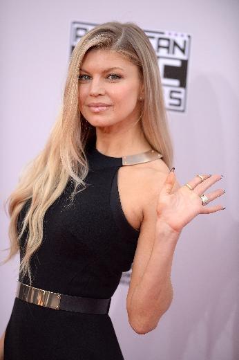 42. Amerikan Müzik Ödülleri töreninde şıklık yarışı