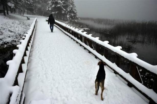 Kar kalınlığı Abant'ta 10, Kartalkaya'da 20 santimetreye ulaşt