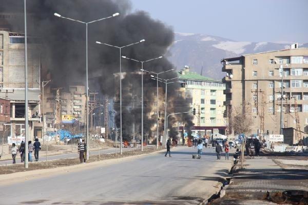 Yüksekova'da olaylar çıktı