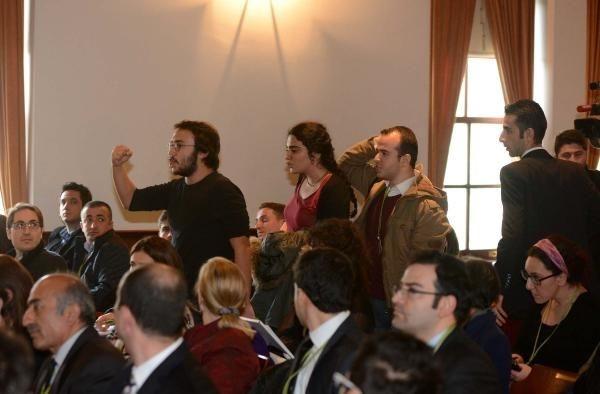 Boğaziçi Üniversitesi'nde Bakan Işık'a protesto