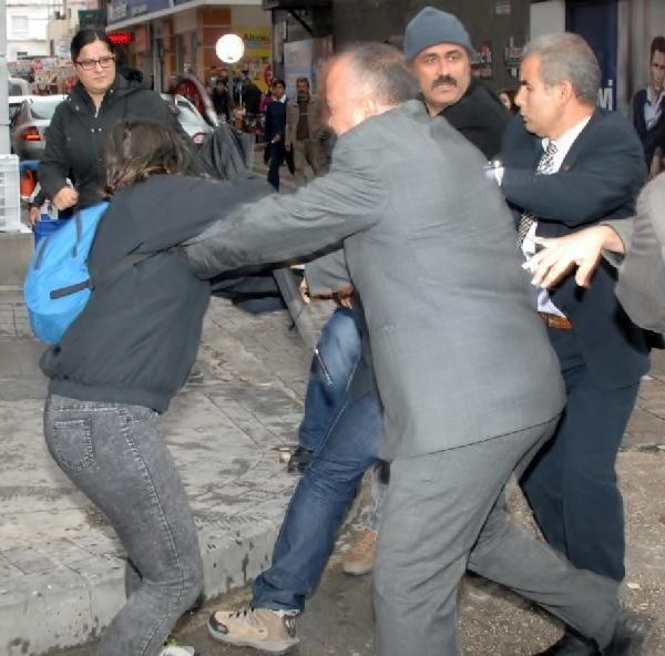 Başbakan protestosuna müdahale! 6 kişi gözaltında