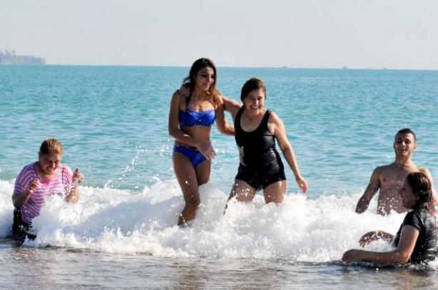 Antalya'ya yaz geri geldi