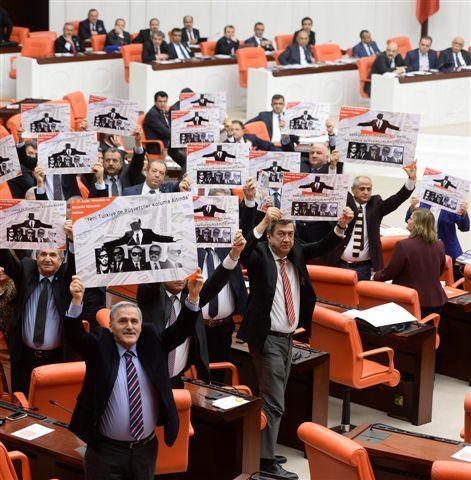 Meclis'te 17 Aralık hareketliliği