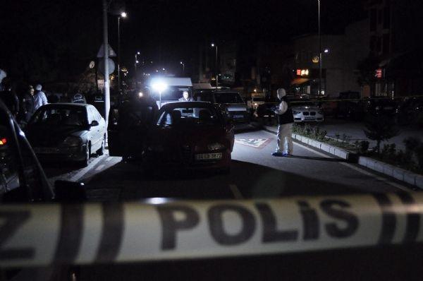 İstanbul'da iki grup parkta silahlı çatışmaya girdi
