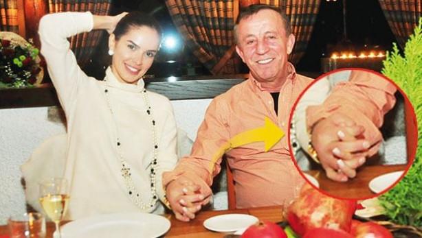 Ali Ağaoğlu eski sevgilisiyle buluştu