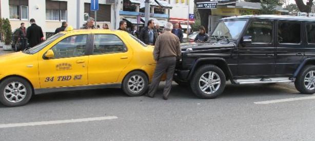 Neslişah Alkoçlar trafik kazası yaptı