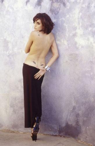 Angelina'nın 20 yıl önce çekilen fotoğrafları