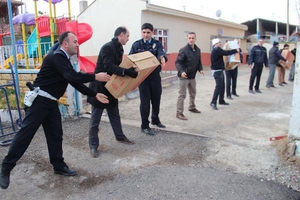 Polis taşı taşı bitiremedi