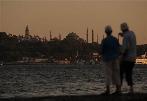 Associated Press Ajansı'ndan İstanbul tavsiyesi