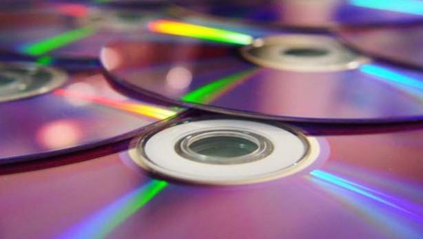 CD'lerinizi çöpe atmayın