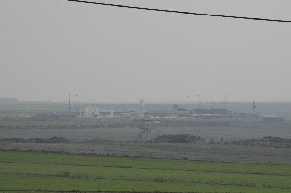 IŞİD militanları Türkiye sınırındaki tesise yerleşti
