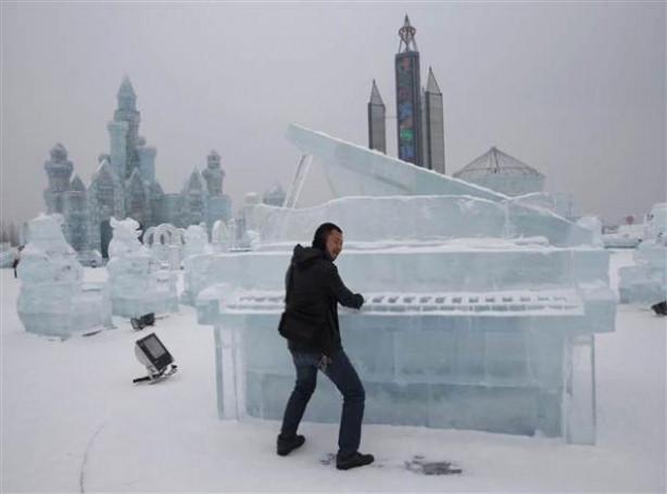 Çin'de Buz ve Kar Festivali