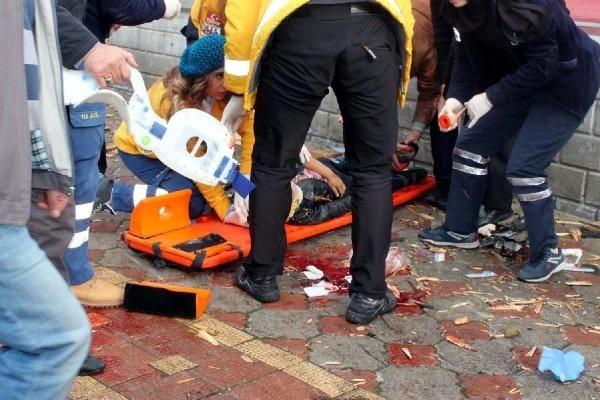 Maliye'nin çatısı uçtu: 3 ağır yaralı
