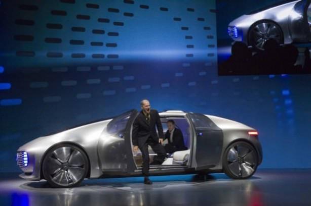 Mercedes yeni bombasını tanıttı!