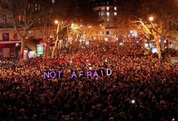 Paris'te saldırıyı protesto gösterisi