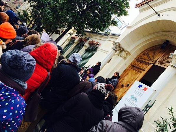 Fransa'daki saygı duruşuna tüm dünyadan katılım