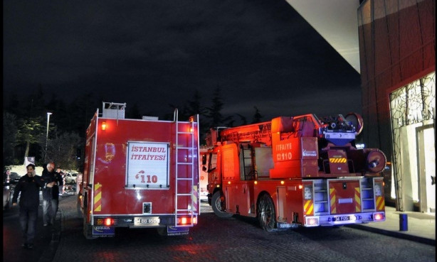 Zorlu Center'da yangın çıktı: 1 ölü, 6 yaralı