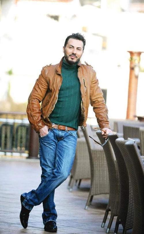 Rober Hatemo: Askerde sünnet oldum